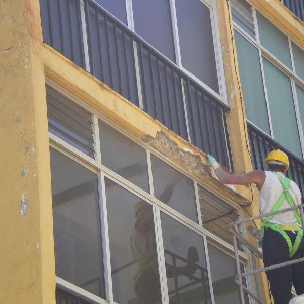 14.06.13. Reparación de cascotes de fachada