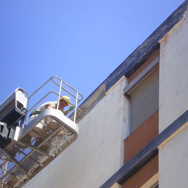 14.06.13. Reparación de cascotes de fachada III